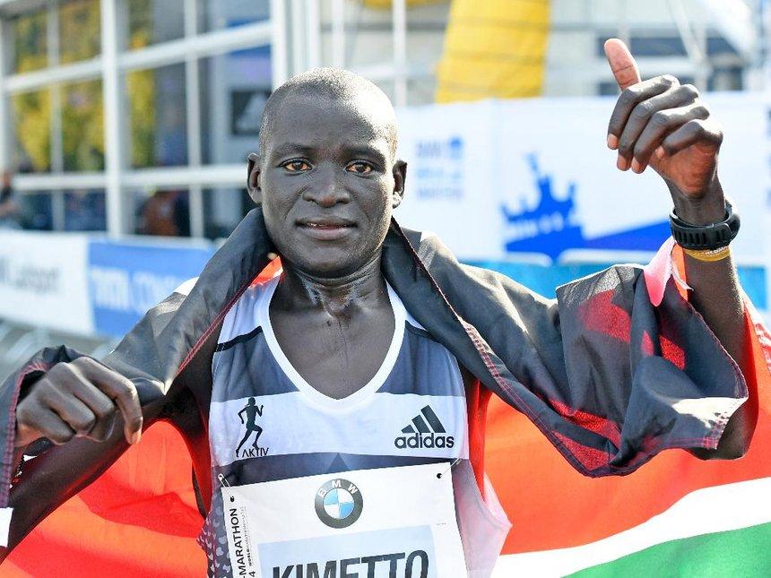 Dennis Kimetto torna a concludere una maratona dopo 2 anni