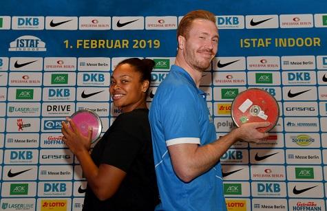 In Germania gara Indoor di lancio del disco  uomini contro donne