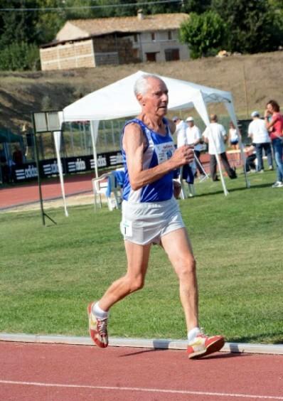 Master: a 95 anni record del mondo di Antonio Nacca nei 3000 metri