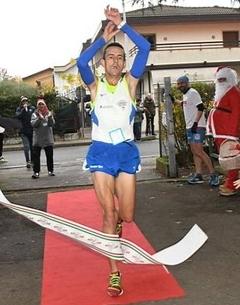 Risultati Corsa di Babbo Natale: vincono Simone Orsucci e Claudia Astrella