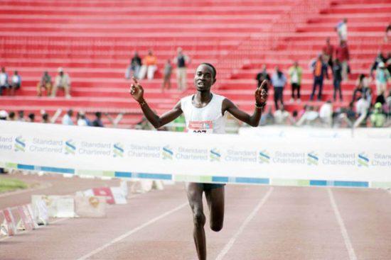 Record storico nella Maratona di Singapore: i primi 17 classificati sono keniani!