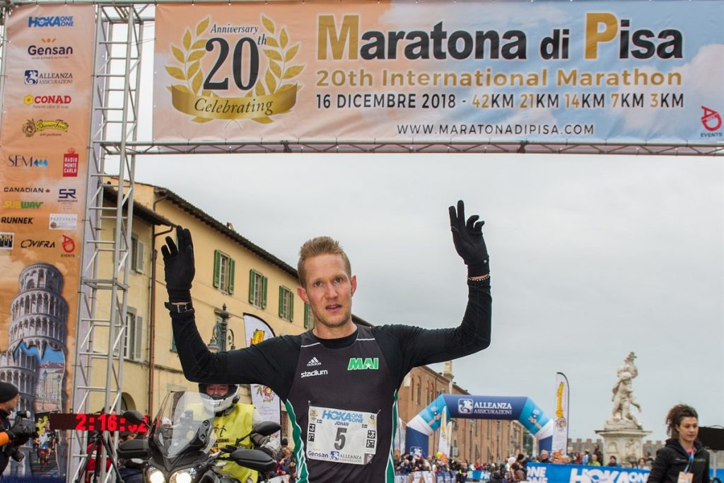 Risultati Pisa Marathon: vincono Johan Larsson e  Nikolina Sustic