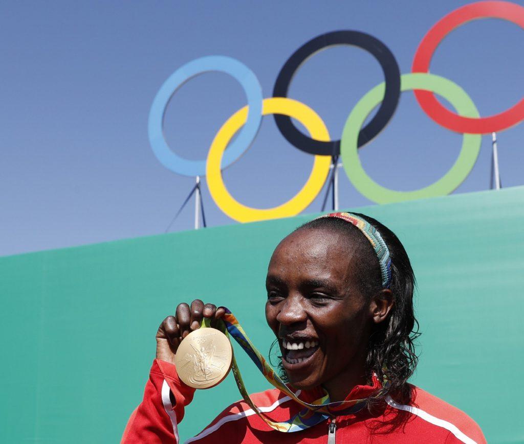 Mega squalifica di 8 anni per la campionessa olimpica di maratona Jemima Sumgong