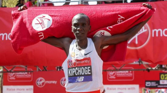 LONDON, April 22, 2018 (Xinhua) -- Eliud Kipchoge of Kenya celebrates after winning the men's elite group at the London Marathon 2018 in London, Britain on April 22, 2018. (Xinhua/Richard Washbrooke/IANS)
