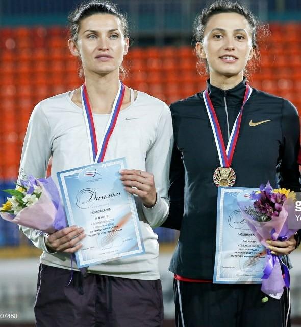 Il video di Anna Chicherova che batte Mariya Lastiskene