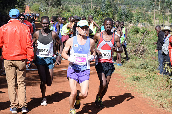Shock in Kenya, runner coreano muore mentre fa jogging