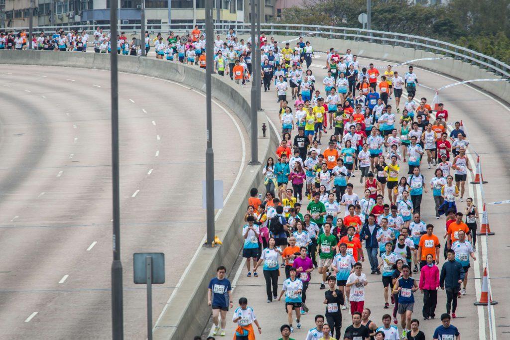 Sono 29 i runners finiti all'Ospedale nella Maratona di Hong Kong, 2 in condizioni gravi!