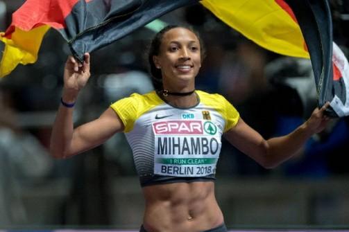 Il video del 6.99 nel lungo della tedesca Malaika Mihambo