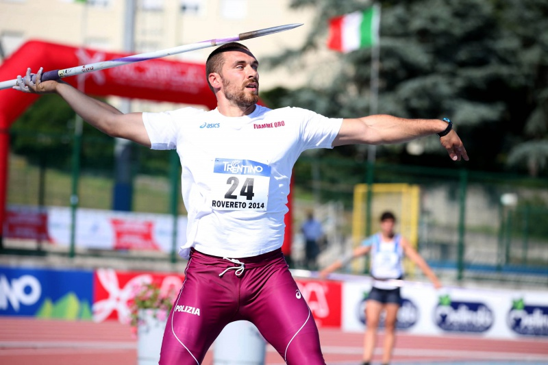 Roberto Bertolini spara il giavellotto a 77,85, esordio di Marco Lingua