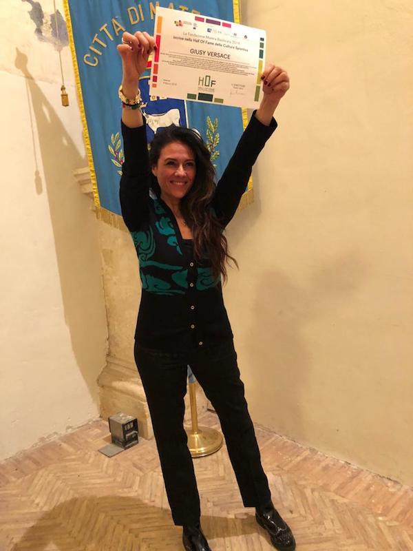 """Giusy Versace entra nella """"Hall of fame della Cultura Sportiva"""" di Matera."""
