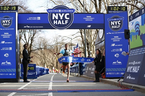 Tilahun_Belay_Winning_NYCH_2019_NYRR_Courtesy_475