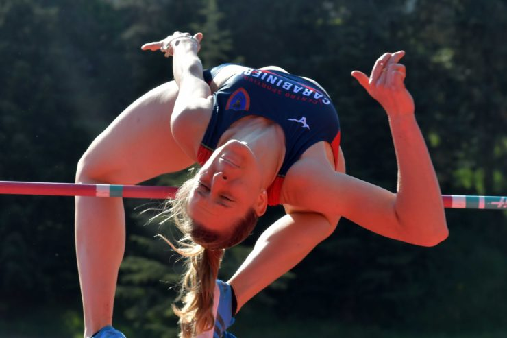Elena Vallortigara a Siena apre la stagione con 1,90
