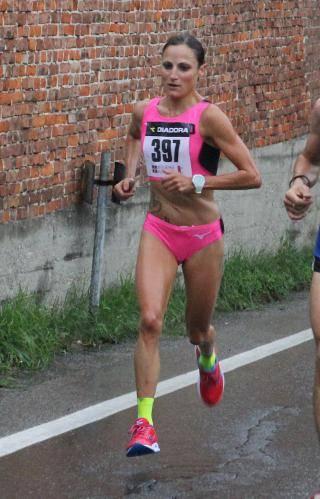 Sara Dossena ottima seconda nella Mezza Maratona di Padova, gran PB di Faniel