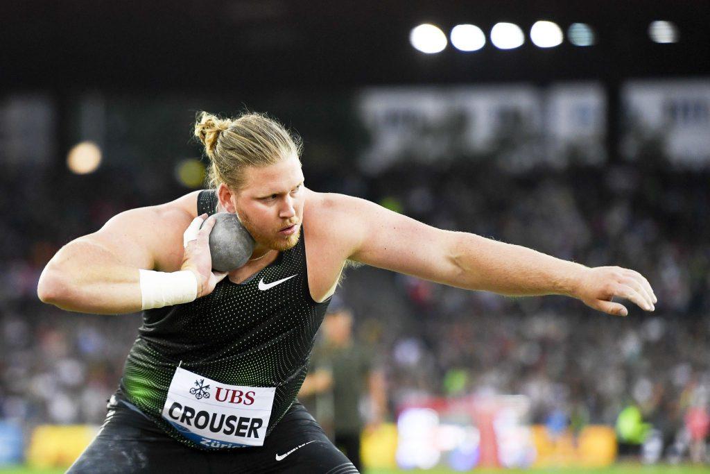 Crouser batte Walsh nel peso a Doha, spettacolo con entrambi sopra i 22 metri