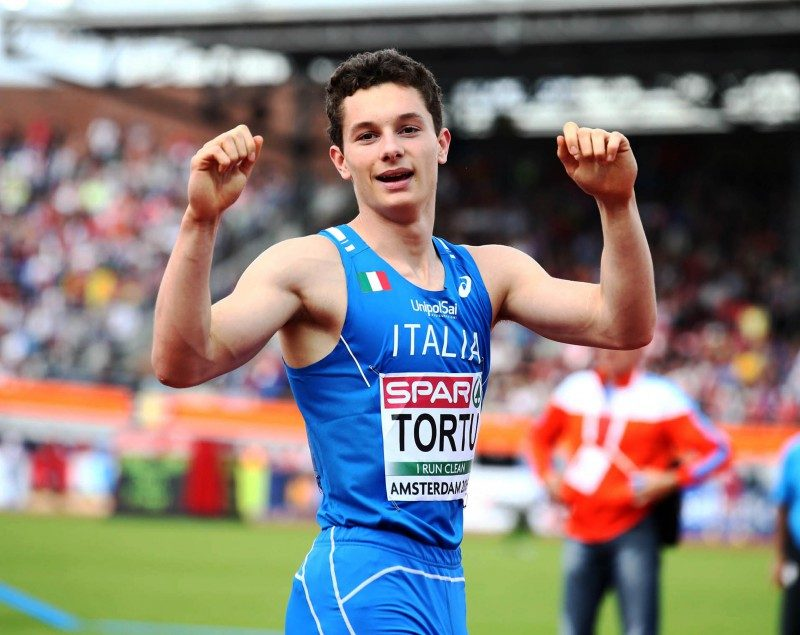 Filippo Tortu trascina l' Italia in finale ai mondiali di staffette