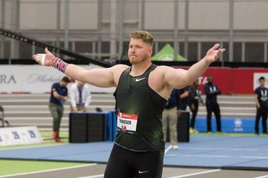 Ryan Crouser  ancora una super bordata, 22,67 nel peso-IL VIDEO