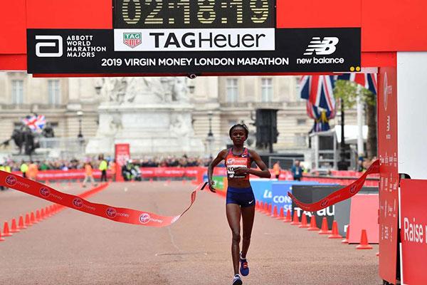 """Ufficializzato lo """"squadrone"""" keniano di maratona per i mondiali di Doha, non mancano le sorprese!"""