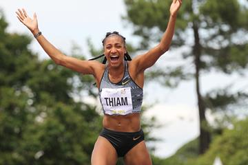Il video del 2,02 di Nafissatou Thiam nel salto in alto dell'eptathlon, record del mondo