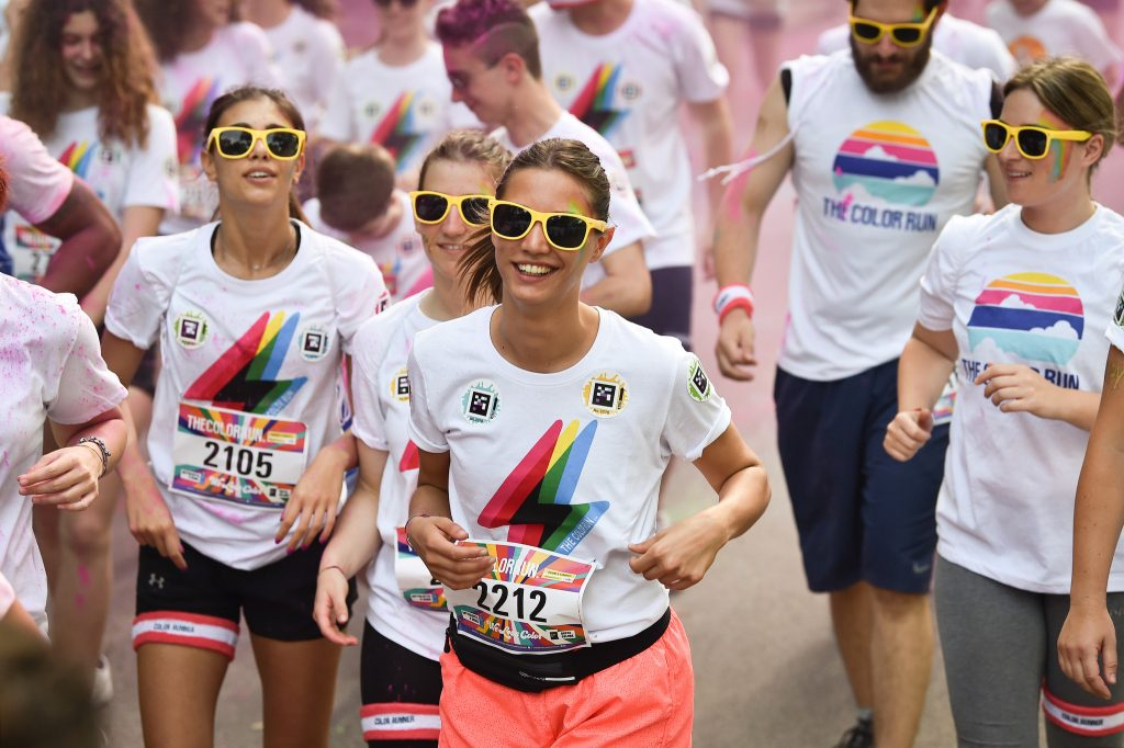 A Lignano Sabbiadoro il secondo appuntamento con The Color Run #LoveTour 2019