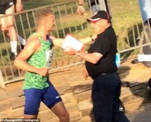 Aggredisce giudice 74enne prendendolo per la gola,  mezzofondista se la cava con 1000 sterline di multa!