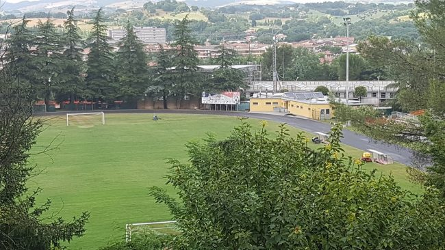 Ancora un oltraggio all'atletica! Asfaltata la pista di San Severino Marche (Macerata)