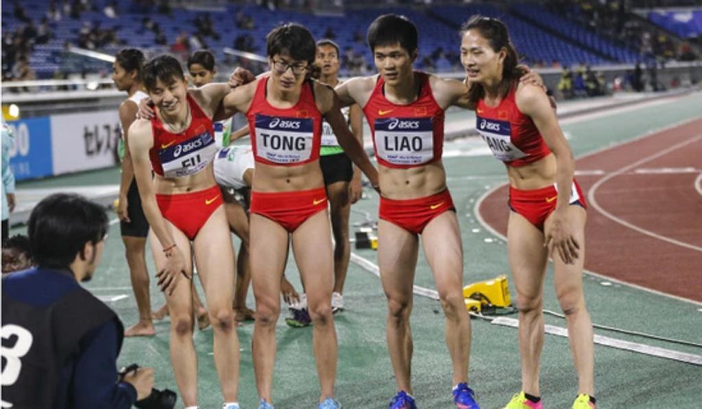 """""""Sembrano uomini"""": diventa virale sui social la foto dei 400 metri femminili"""