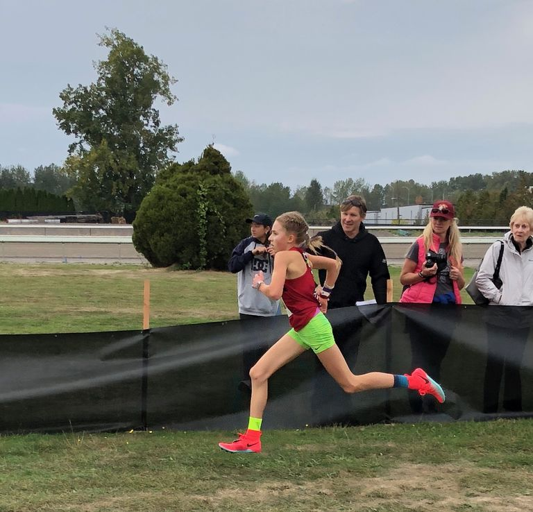 A 14 anni Kate Peters corre una mezza maratona in 1h:16 !
