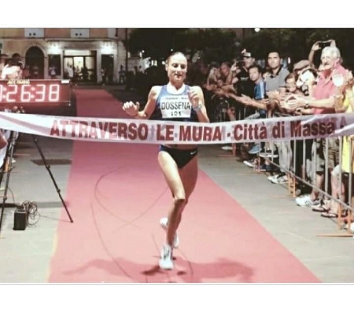 """Sara Dossena stravince """"Attraverso le Mura"""" ieri a Massa, primo anche Lirenzo Dini"""