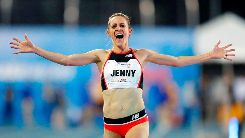 Il video di Jenny Simpson che batte il record della corsa sulla 5th Avenue Mile di New York