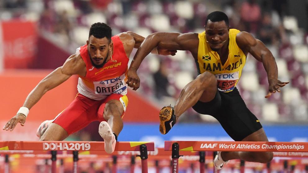 Mondiali Doha: Ortega prende il bronzo dei 110 ostacoli dopo essere stato ostacolato da McLeod