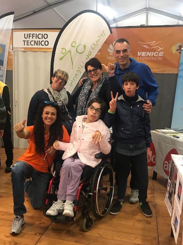 Giusy Versace e la Disabili No Limits alla Venicemarathon