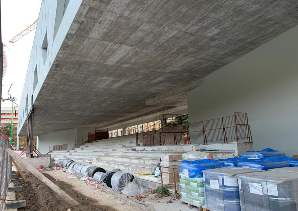 Incredibile:  a Trento rischia già di collassare la nuova pista indoor del campo Coni