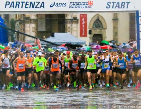 Giallo alla Firenze Marathon, un taglio del percorso mette in dubbio i risultati della gara