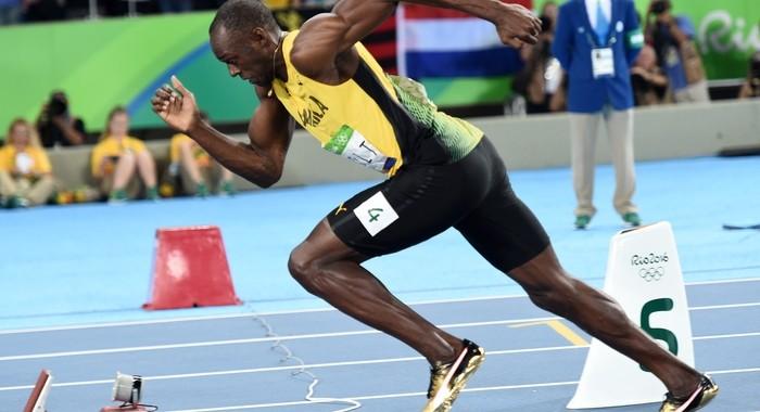 Usain Bolt regala le sue scarpe ad un museo tedesco