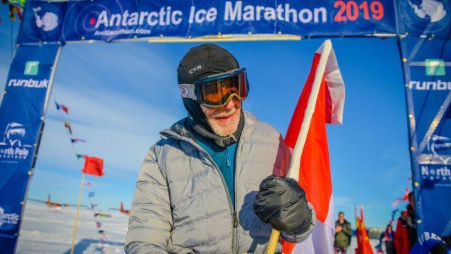 A quasi 85 anni conclude la Antartide Ice Marathon con temperature fino  a - 20°c.!