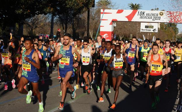 Clamoroso a Valencia, doppio record mondiale nei 5km. e 10Km di Kipruto e record europeo di Julien Wanders