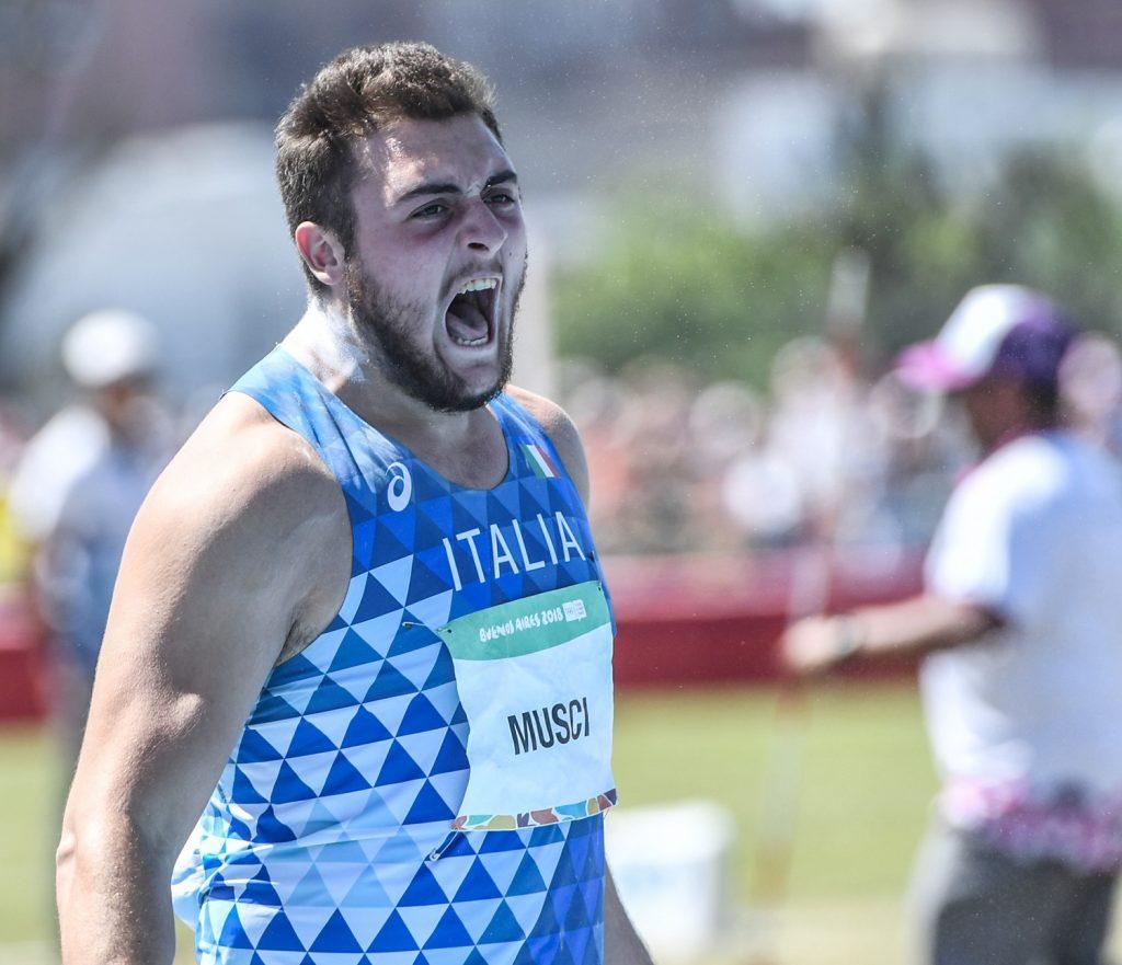 Carmelo Musci show nel peso ad Ancona, record italiano  U 20