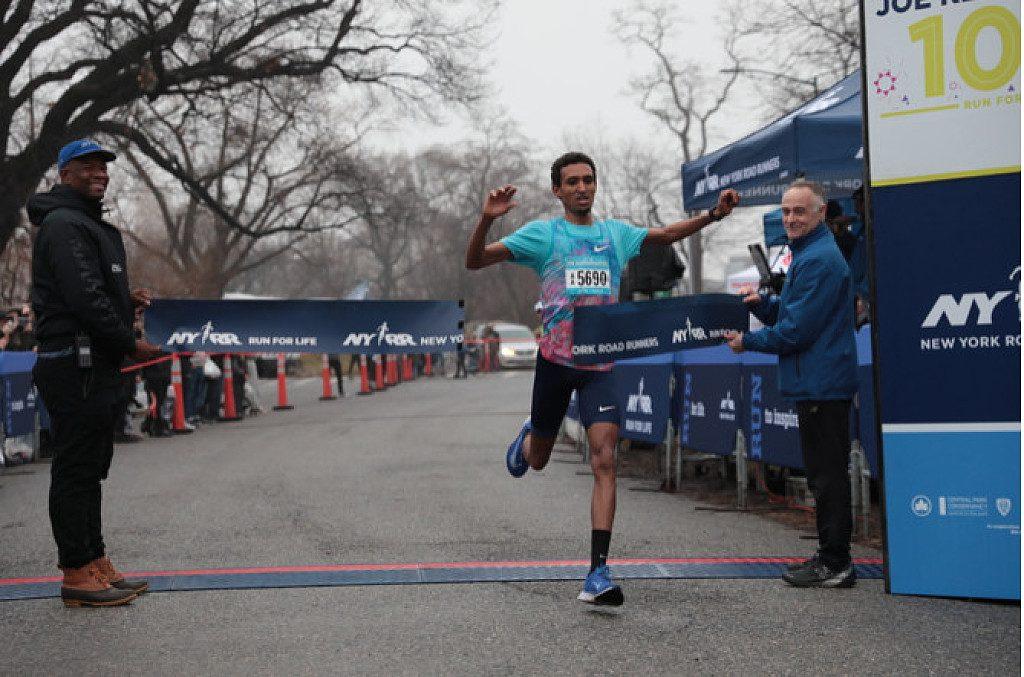 Nel freddo  si è corsa la prima gara del 2020 a New York