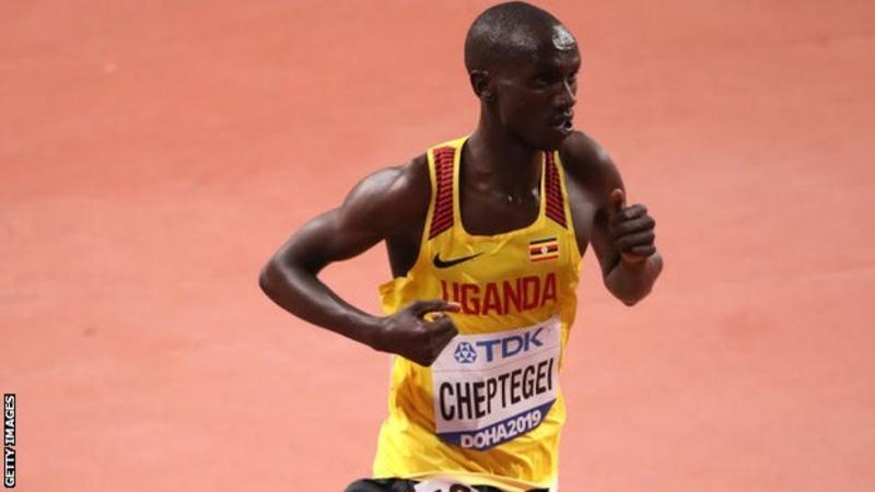 Record del mondo di Joshua Cheptegei nei 5 km. su strada, il francese Gressier fa quello europeo