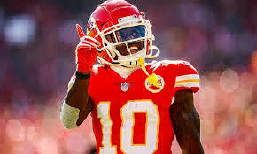 Il giocatore di football Tyreek Hill  il più veloce della NFL, vorrebbe correre i 100 metri alle Olimpiadi di Tokyo