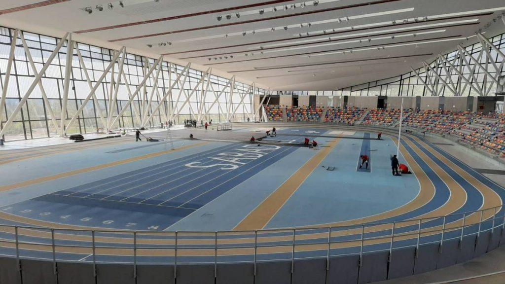 In Spagna pista indoor trasformata in ospedale da campo per il covid-19