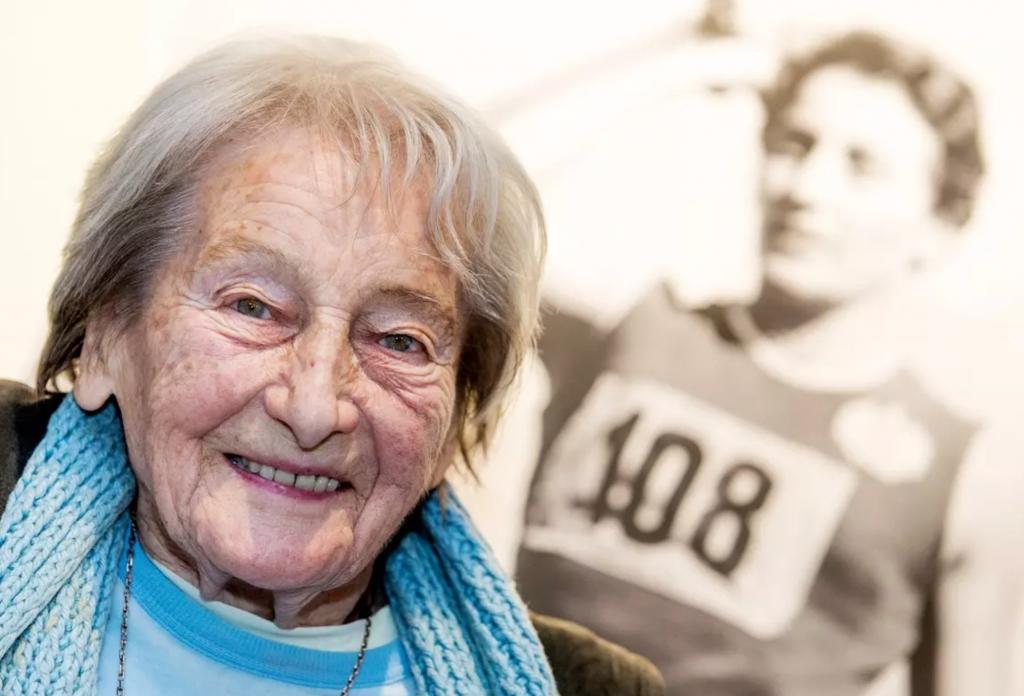 Muore a 97 anni  Dana Zatopkova, oro olimpico del giavellotto e moglie del 4 volte campione olimpico Emil Zatopek
