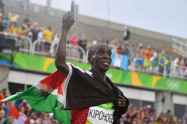 """Rinvio Olimpiadi Tokyo: Kipchoge,  """"Non vedo l'ora di tornare nel 2021"""""""