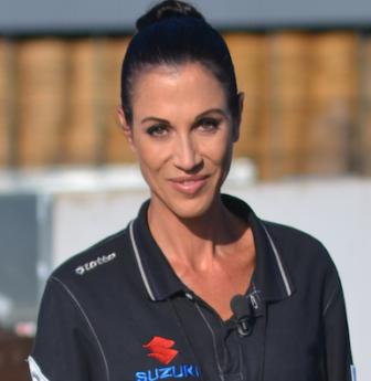 Scambiata per una runner, presentatrice TV multata mentre andava al supermercato
