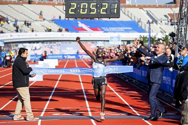 Doping shock Kenya: sospeso Daniel Wanjiru, vincitore della maratona di Londra 2017