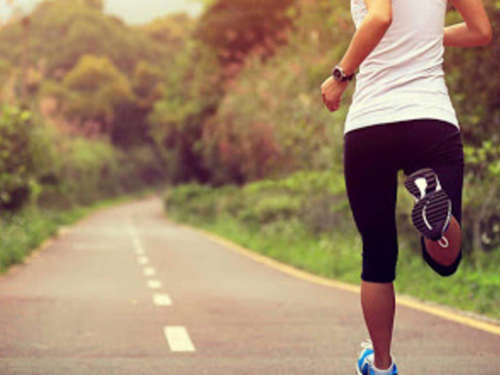 Runner beccata a correre 6 km lontano da casa in provincia di Padova, la scusa: «Mi stava inseguendo un cane»