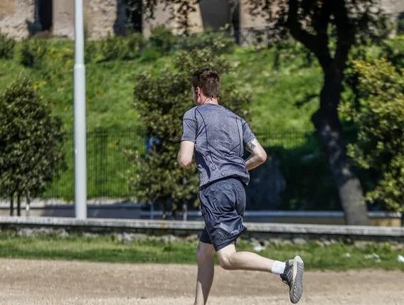 Fase 2: a Roma e Torino tornano i runner, riaperti gli spazi verdi