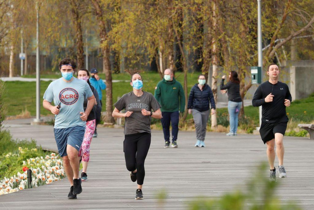 """Oggi si torna a correre, è finita la """"guerra"""" ai runner?"""