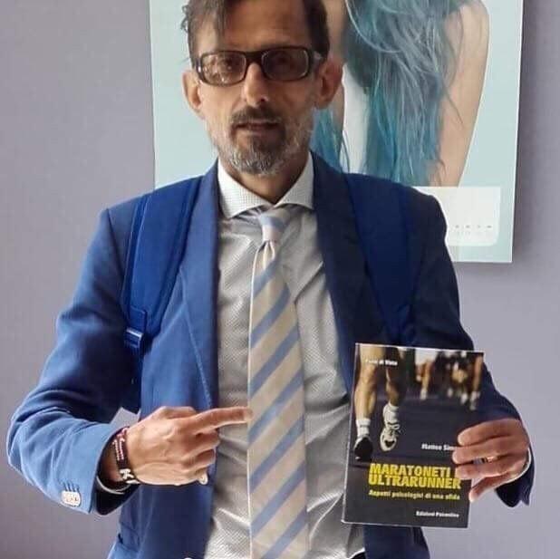 Come migliorare la performance e spunti dal libro Maratoneti e ultrarunner- di  Matteo SIMONE
