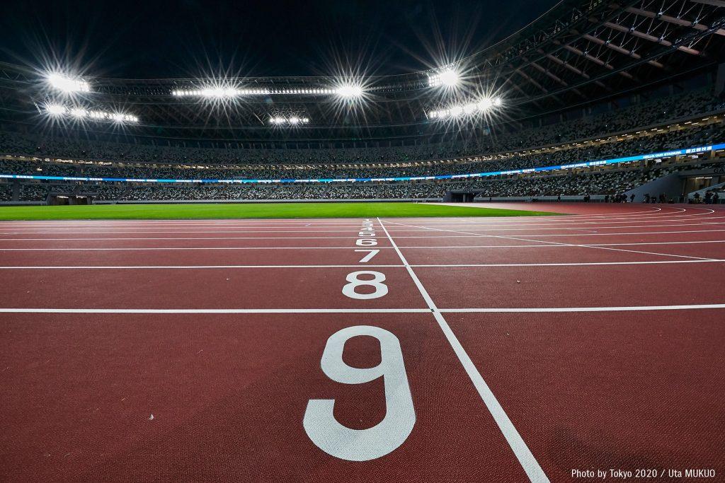 Le ridicole regole per gareggiare nell'atletica, perché non prendere esempio dal calcio?